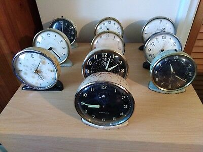 joblot 32 old/vintage clocks/alarm clocks for spares or repair