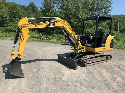 CATERPILLAR 303.5 Mini Excavator; RUNS EXC!!! Video Available; CAT Diesel
