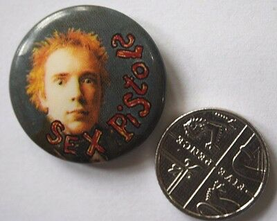SEX PISTOLS Old VTG 1980`s Button Pin Badge 25mm Punk Johnny Rotten Lydon