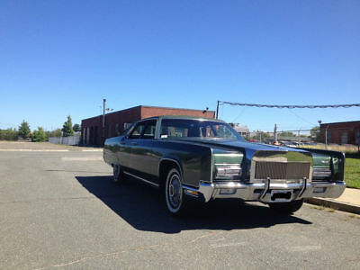 1972 Lincoln Continental  72 Lincoln Continental - Original, low miles - 2nd owner - LOW reserve!