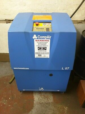 Compair rotary screw compressor low hours L07 45cfm. 7.5 hp low running costs