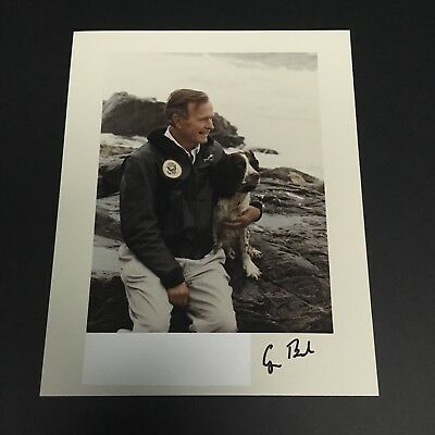 George H W Bush Signed Autographed Photo Presidential Autograph Mint Condition