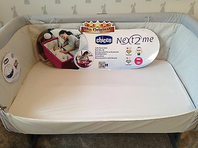 Chicco next2me crib Sheet. Pack of 2. 100% Egyptian cotton white BN. Next to me