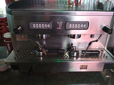 comercial coffe machine. BEZZERRA