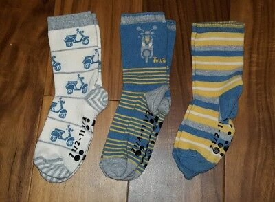 Lot of 3 Pair TUCKER + TATE Boy's Non-Skid Socks Size 7 1/2 - 11 1/2 - Skooters