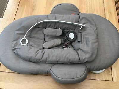 Stokke Steps Bouncer in Greige, excellent used condition, original box