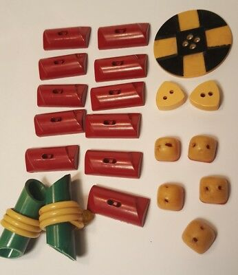 Lot Of 21 Vintage Modern Style Buttons Bakelite?