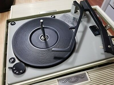 Vintage ARVIN Solid State Stereo Portable RECORD PLAYER with Speakers 68P06