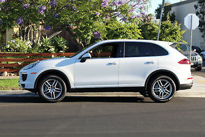 2015 Porsche Cayenne S 2015 Porsche Cayenne S CPO Full Fact Warranty Till 12/2020 UNLIMITED MILEAGE!!