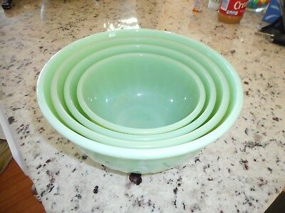 Jadeite Swirl Bowl Set of Four