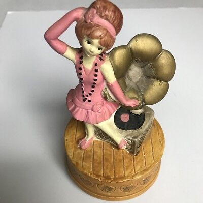 """Vintage Flapper Wood Music Box """"Yes Sir, She's My Baby"""" (1974) Spencer Gifts EUC"""