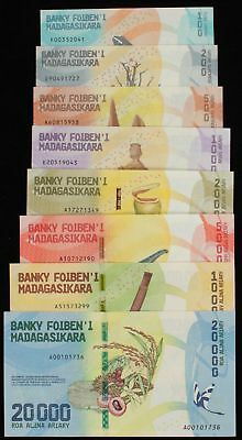 MADAGASCAR : 100 - 20000 Ariary ND (2017). P-new. UNC. (8)