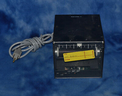 Linear Instruments Corp DC Voltage Measuring device