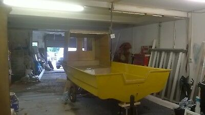 14ft Cathedral hull fibreglass boat Project needs finishing