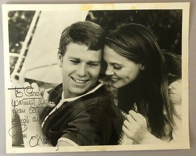 RYAN O'NEAL & LEIGH TAYLOY-YOUNG signed 8x10 circa 1970