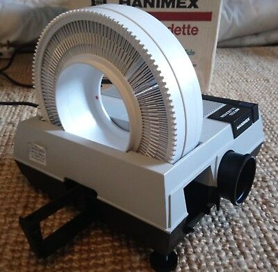 Hanimex Roundette 1500RF Slide Projector - Pre-owned