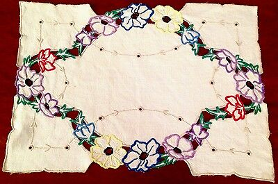 Vintage Hand Embroidered Cutwork Off White Linen Table Centre / Tray Cloth