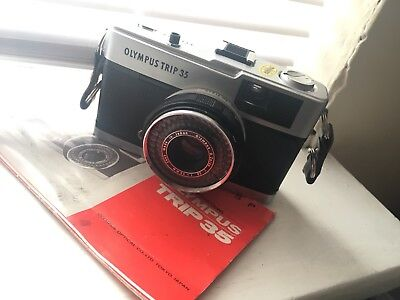 OLYMPUS TRIP 35  POINT & SHOOT FILM CAMERA *EXCELLENT CONDITION*Sample Pic!