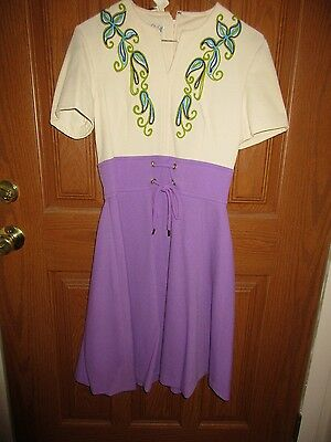 Vintage 1960's Purple & White Short Sleeve Polyester Dress Size 10 w/ Tags