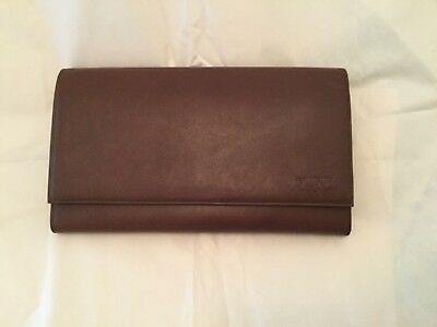 NEW $295 Tumi Modernist Brown Leather Passport Wallet Travel Document Case