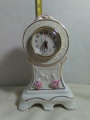 Vintage/Antique Sessions Electric Mantel Shelf Clock Ceramic/Porcelain works