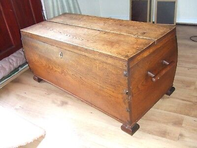 arts and crafts bowed oak blanket box