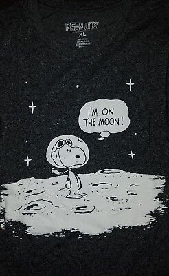 SDCC 2018 Comic Con Peanuts Snoopy Astronaut Glow in the Dark XLarge XL Shirt