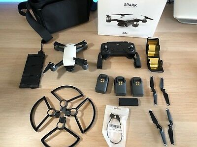 DJI Spark Fly More Combo Alpine White Plus Extras Excellent Condition