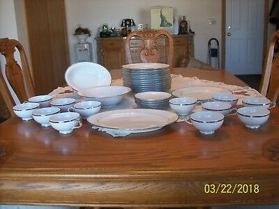 Baronet Porcelain China Diana Pattern Eschenbach Bavaria Germany 33 Pieces