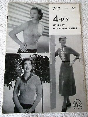 ORIGINAL, VINTAGE, PATONS KNITTING PATTERN BOOKLET No.742 LADY'S 4-ply STYLES