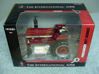 Ertl 1/16 Farmall Ih International Harvester 1066 Precision Key #9 Tractor