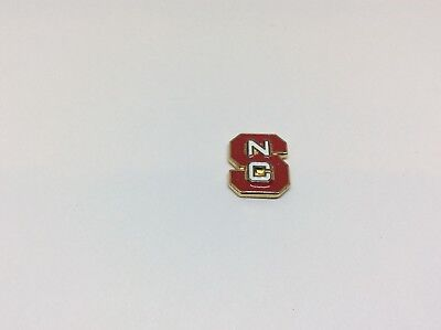 NC State North Carolina Basketball Wolfpack NCAA Pin