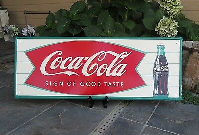 NICE, NEAR MINT 1966 Vintage COCA COLA FISHTAIL & BOTTLE Old ORIGINAL Tin Sign