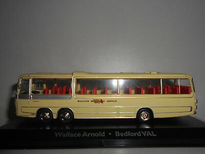Bedford Val Wallace Arnold Bus Collection #102 Premium Atlas 1:72