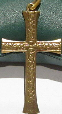 OUTSTANDING VINTAGE BRASS CROSS,ENGRAVING,EARLY 20th. Century !!! # 40A