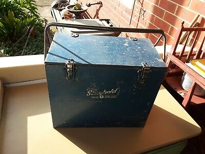 Vintage STAYKOOL  tin METAL  ESKY PORTABLE    EIGHT BOTTLE SIZE