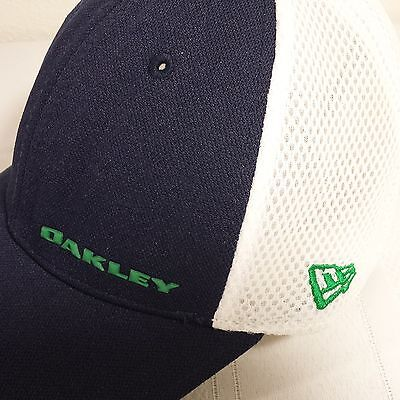 Oakley New Era Med Large Fitted Blue White Baseball Hat Green Logo Golf Cap