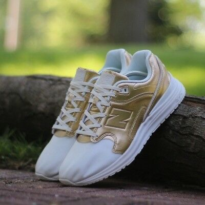 3cce17c9310 New Balance Men s 1550 Metallic Shoes Size 11.5 D Off White with Gold