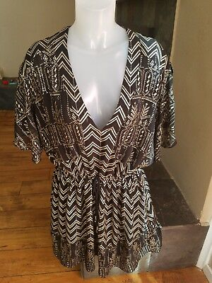 Free People Large Black   Gold Butterfly Sleeves With Deep V-Neck Lined  Dress 2e86fa6c5