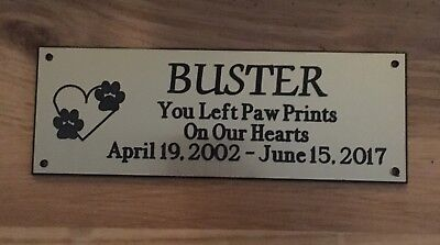 Brass effect Pet Memorial Bench Plaque (Dogs & Cat paw prints)