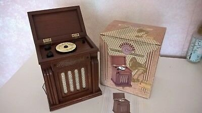 Spirit of St Louis Wooden Phonograph AM FM Radio Reproduction Record Player FWO