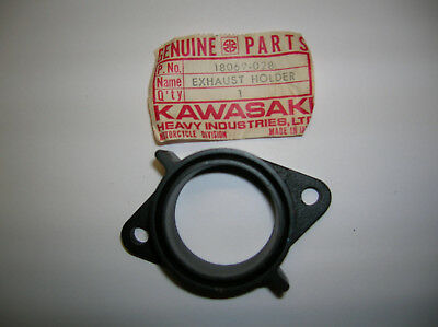 Kawasaki Exhaust Pipe Holder G31 G4TR 18069-028 NOS OEM