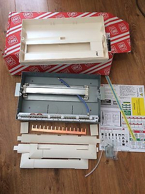 MK K6516s MAG Consumer Unit Metal  Enclosure New In Box