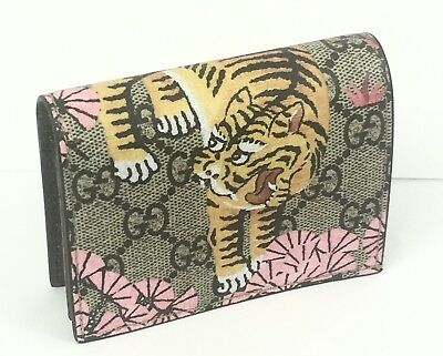 2a3bd4cf7f09 AUTHENTIC New Gucci GG Supreme Bengal Tiger Card Case Wallet, #452362, NWT