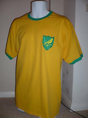 RETRO Style Norwich City 1970's Embroidered Football T-Shirt