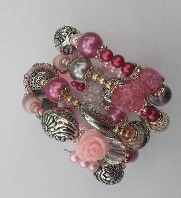 Hand crafted memory wire crystal and resin beaded bracelete - free gift pouch