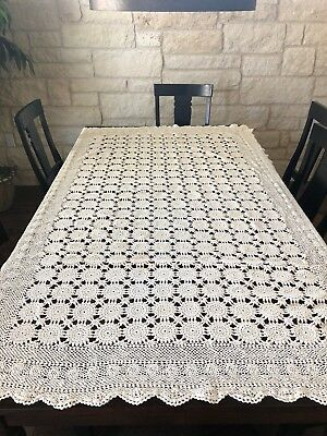 Vintage Crochet Doily Tablecloth. Ivory. FREE SHIPPING