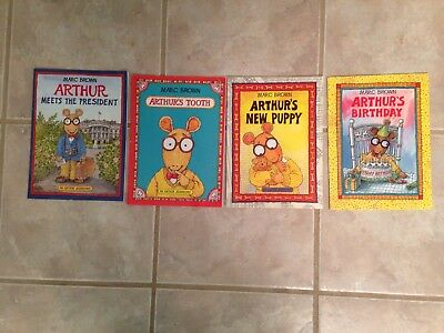 Marc Brown Arthur Chapter Books LOT OF 4 Childrens