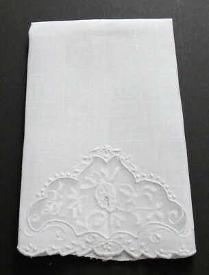 VTG Madeira Linen & Organdy Guest Towel - Hand Embroidery Leafy Floral, FINE!