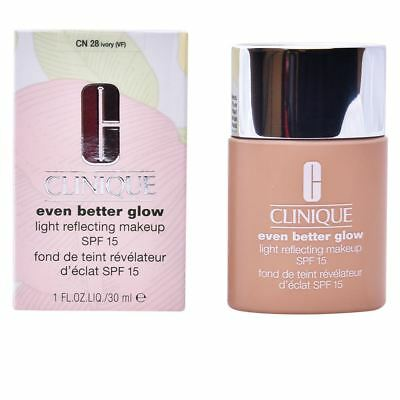 Clinique - Even Better Glow Light Reflecting Makeup SPF15 28 Ivory 30ml